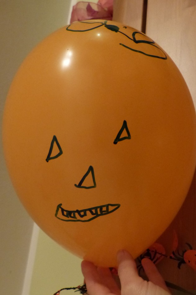 selbstbemalte Luftballongirlande