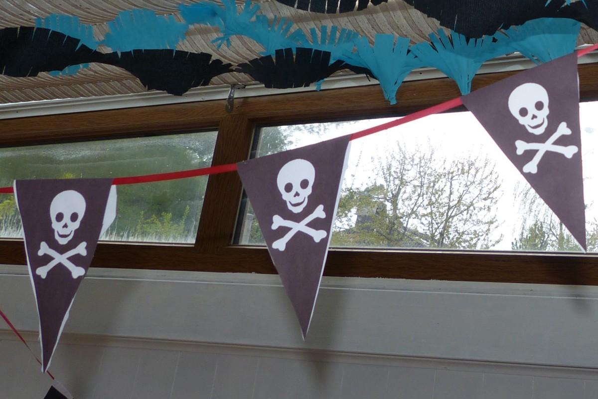 Piraten-Wimpelgirlande