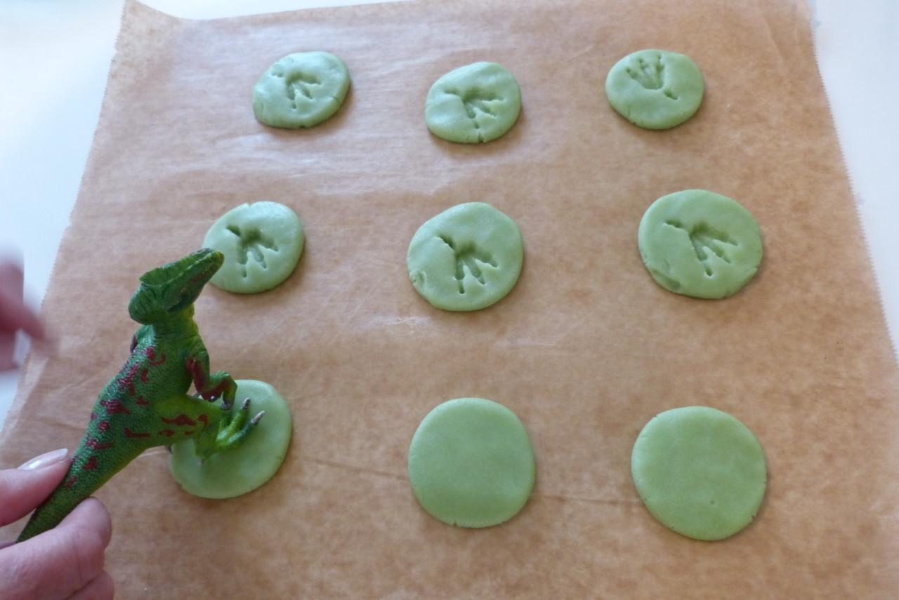 essbare Dino-Fußabdrücke