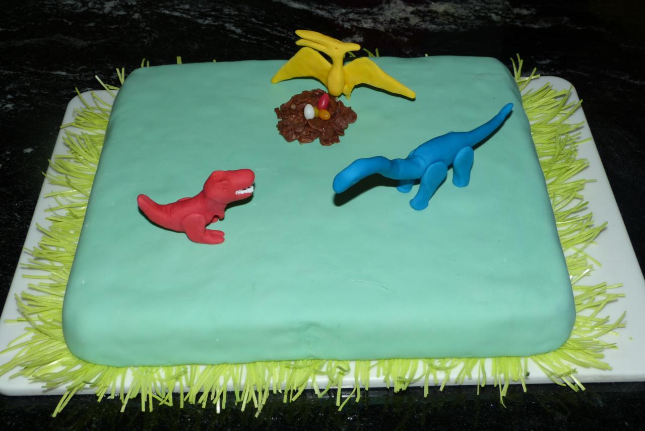 Dinosaurier-Kuchen